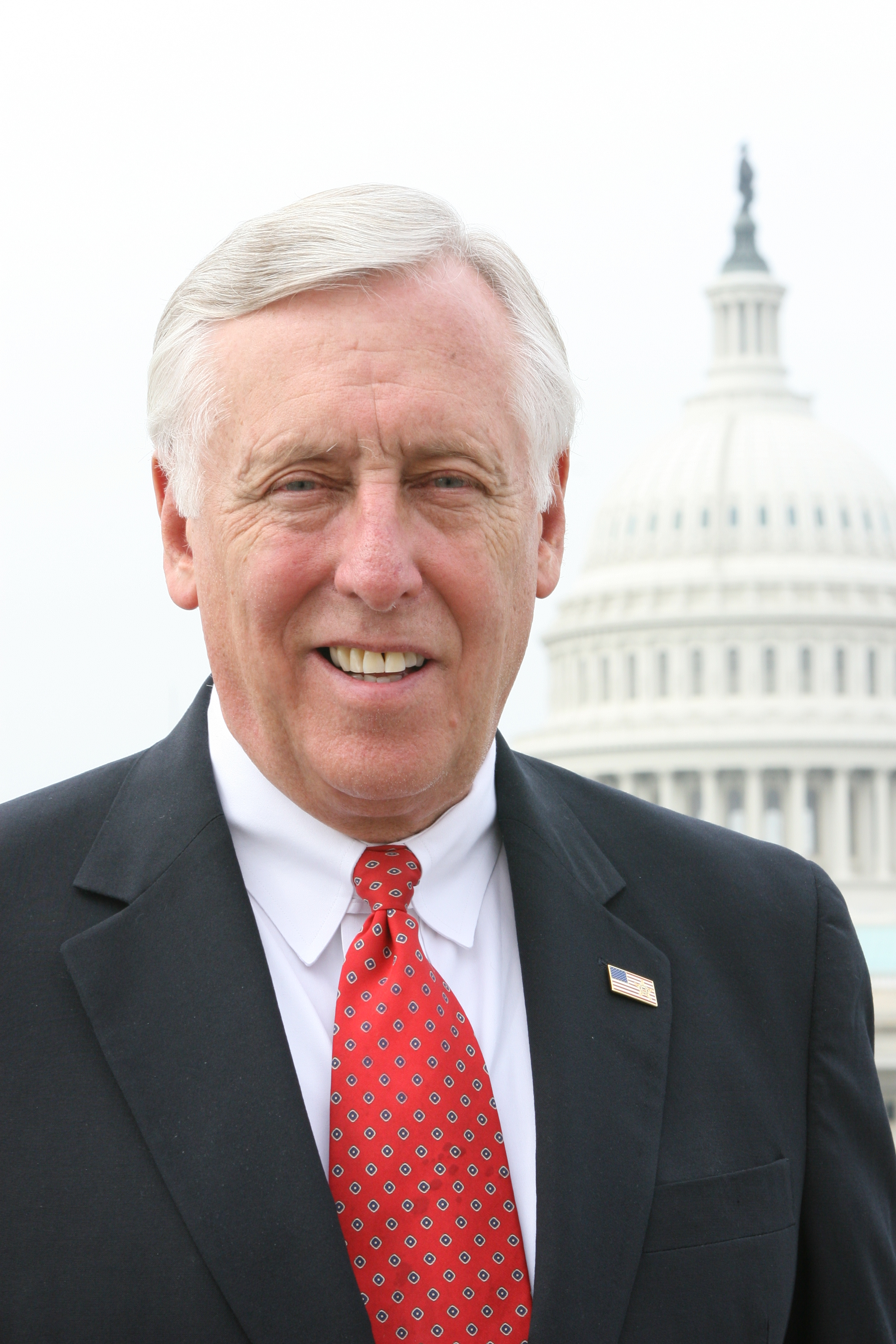 Photo of Steny Hoyer in front of the Capitol building